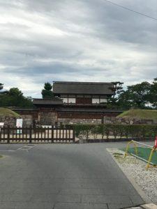 松代城跡へ